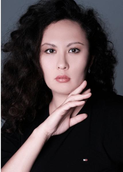 Гульнара Яхьяева - педиатр и модель плюс сайз из Москвы