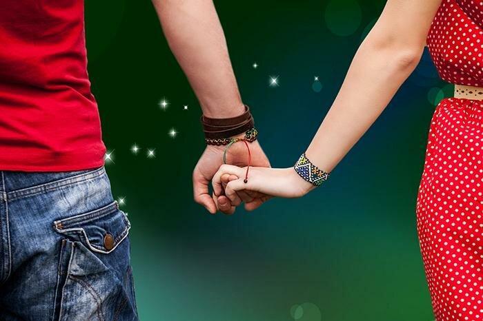 Как держать девушку за руку?