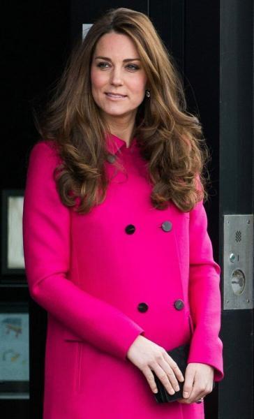 Потрясающая Кейт Миддлтон: герцогиня Кембриджская и Елизавета || похожи, у них один путь - пишет британская пресса