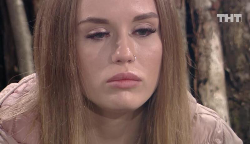 Ефременкова отправилась на Сейшелы. Безус расстался с Миленой и хочет быть с Савкиной. Шафеева получила предложение от Захара