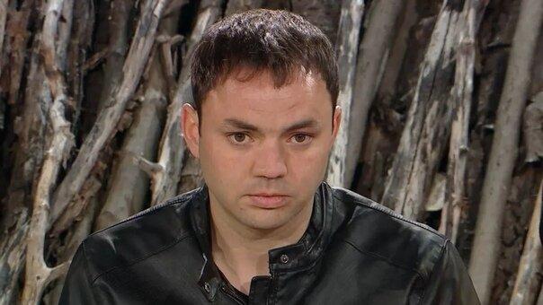 Гобозов отказался от общения с мамой, Алианой и сыном Робертом. Строкова развеяла миф о шикарной жизни переехав к Балинской