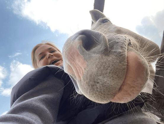 Ирина Пегова рассказала в Instagram, как проходят съемки нового сериала