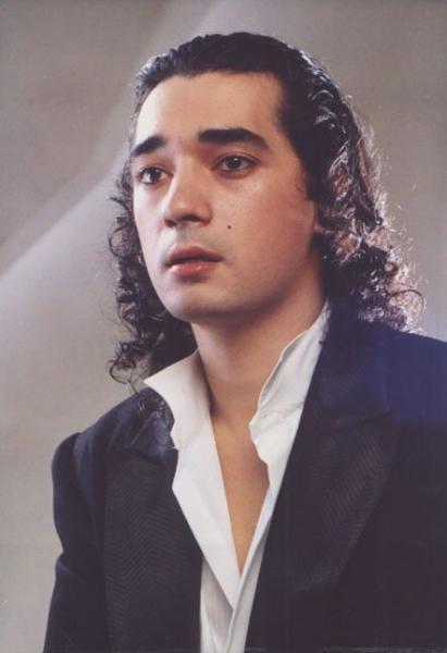 Как сложилась жизнь популярного певца Игоря Наджиева