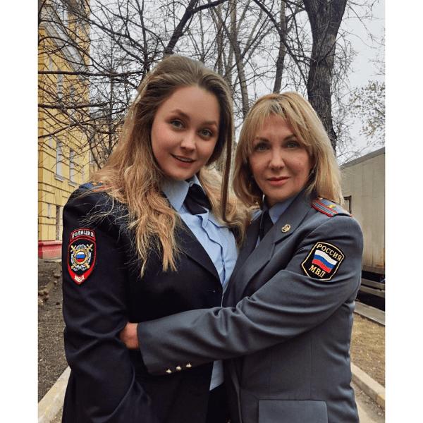 Наша настоящая славянская девушка - пышная актриса Софья Зайка🐰