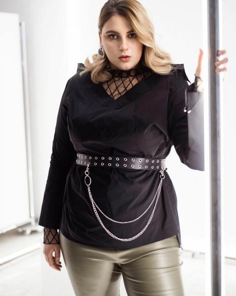 """Плюс сайз модель Александра Коняхина: """"превращение из брюнетки в блондинку"""""""