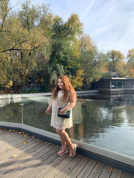Плюс сайз модель и актрисы из Москвы Мария Староторжская