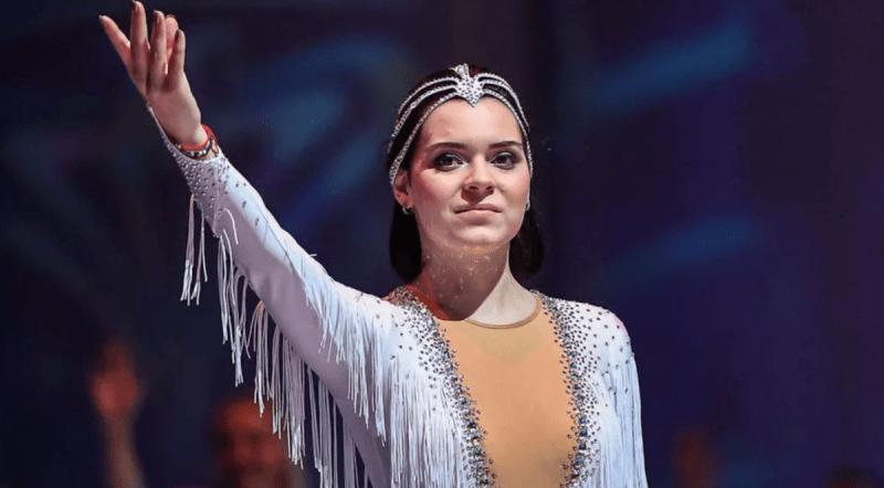 «Ты кто такая?» Аделина Сотникова вспомнила, как потянула Путина за пиджак и дала ему обещание