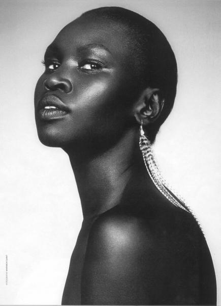 10 потрясающих фотографий чернокожих африканских моделей