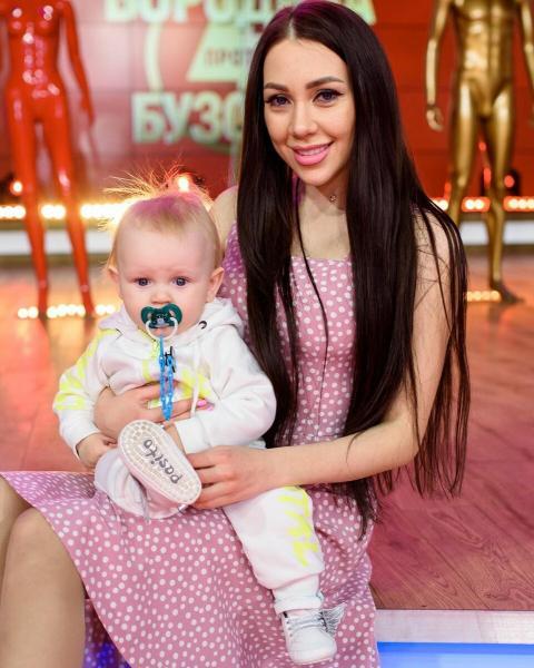 Алёна Рапунцель вновь беременна, но не знает, от кого!