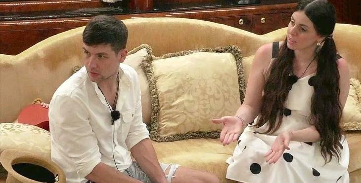 Дмитренко вновь решили покинуть проект. Яббаров готов покинуть телепроект за миллион рублей. Майя отдыхает с другим мужчиной