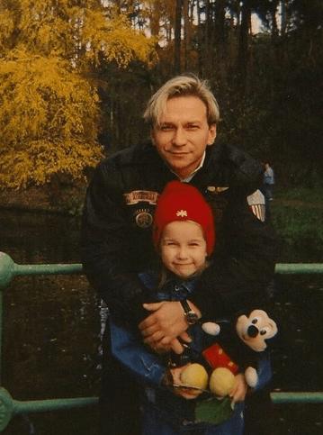 Игорь Угольников сегодняшняя жизнь и как выглядит его единственная 32-летняя дочь