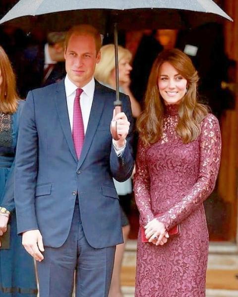 """Кейт Миддлтон и Уильям: """"Кенсингтонский дворец объявил отличные новости о герцогах Кембриджских"""" - пишет газета Express"""