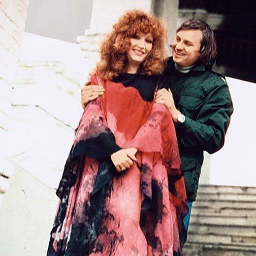 Мимикрия Пугачевой, или как замужество научило певицу жить