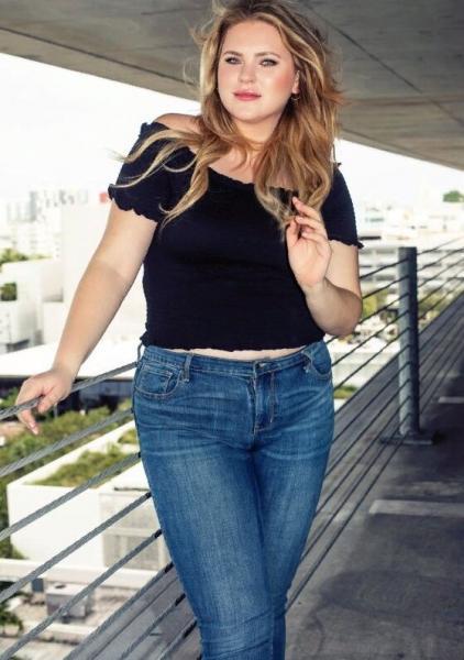 """Plus size модель Эшли Брекстон: """"живите полной жизнью"""""""