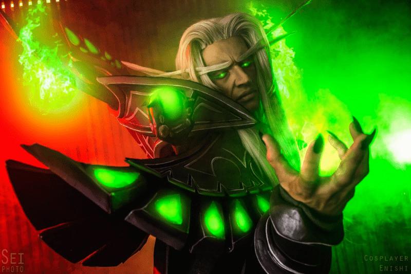 Мужской косплей по играм Blizzard