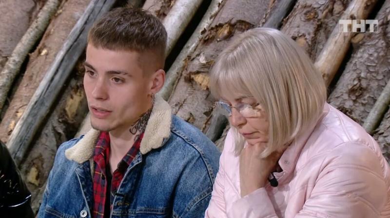 Алена Савкина предпочла расстаться с сыном