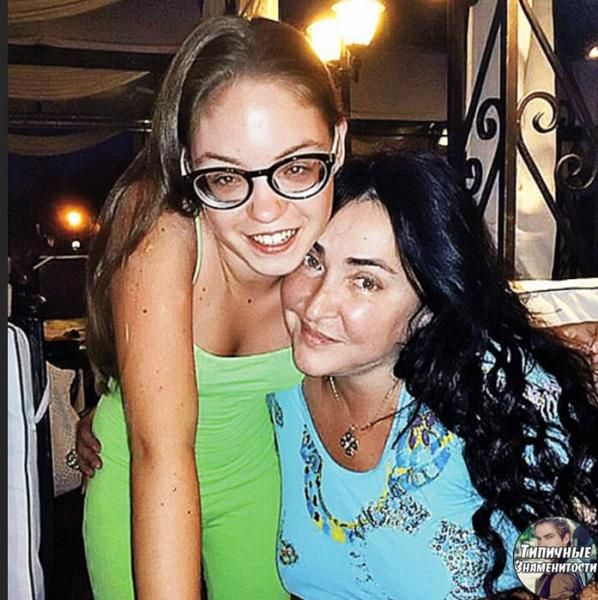 Единственная дочь Лолиты - Ева Милявская: как она выглядит в 21 год и чем занимается