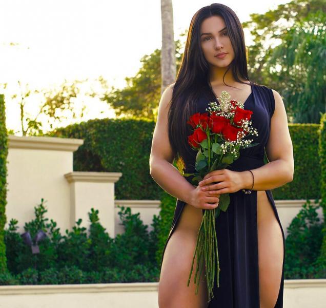 Наташа Энциноза – американская спортсменка и модель, победившая «лишний вес»