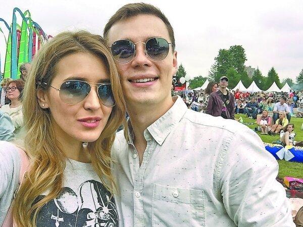 Как выглядит жена и дочь звезды «Молодёжки» Ильи Коробко и с кем у актера были отношения до брака