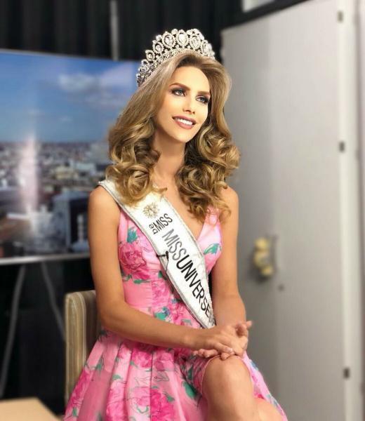 Самая необычная женщина, официально принимавшая участие в конкурсе «Мисс Вселенная» – модель Анжела Понсе