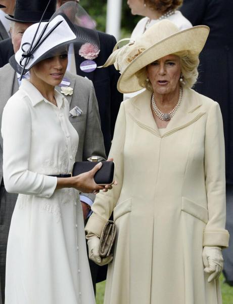Камилла и Меган: об отношениях двух герцогинь