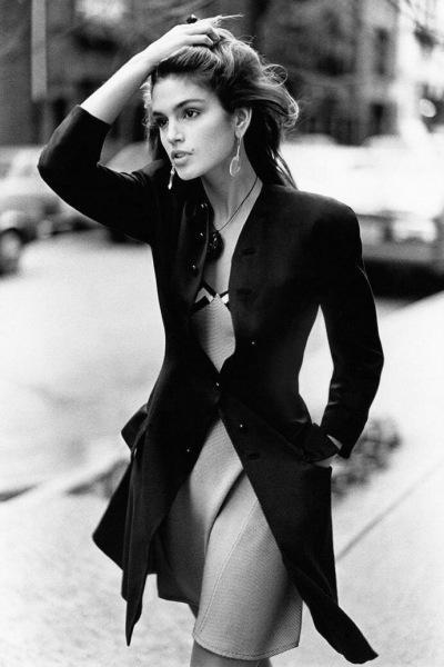 Глаз не оторвать: 25 фото Синди Кроуфорд на пике карьеры