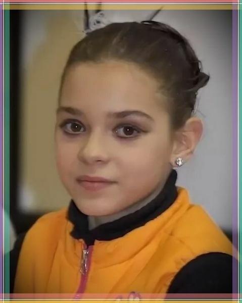 Аделина Сотникова: как став звездой в 12 лет и взяв Олимпиаду, ушла из спорта, чтобы помогать сестре
