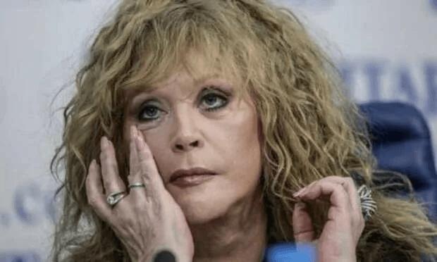 Пугачева не сдержала слез. Как учатся Лиза и Гарри Галкины