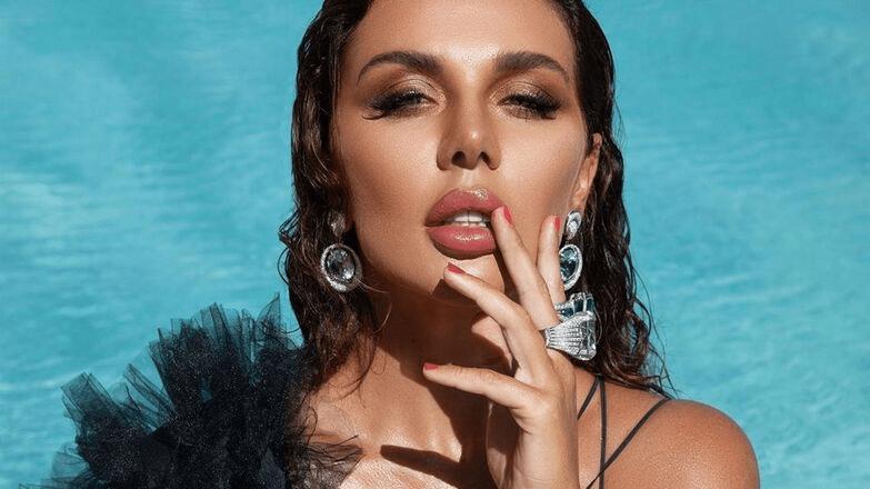 «Вам будет неловко»: Анна Седокова рассказала, сколько зарабатывает в месяц