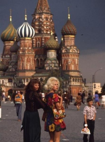 Красавицы, спортсменки, комсомолки — Снимки молодых девушек из СССР. Часть 7