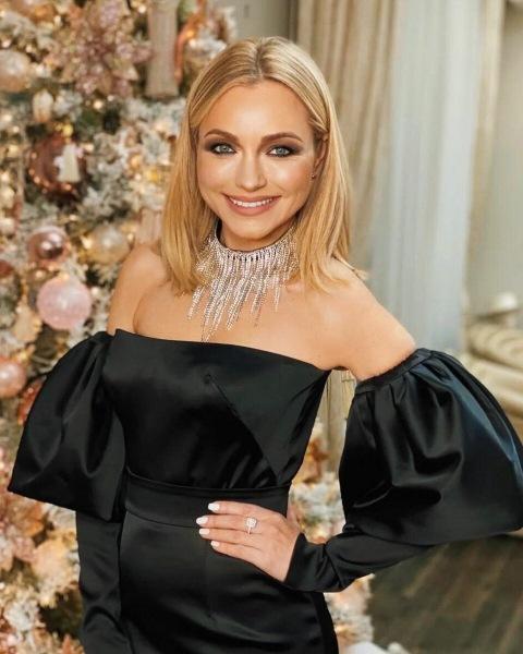 Как выглядит 21-летний сын Инны Маликовой и ее 24-летняя невестка, которая родила ей внучку