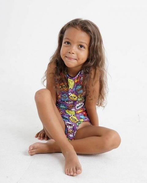 Карина Асмус - титулованная гимнастка и точная копия знаменитой сестры. Как выглядит ее темнокожий муж и дочь