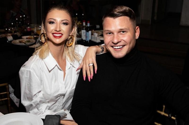 Марго Овсянникова готовится к свадьбе после Дома 2. Её будущий муж — вокалист «Стекловаты»