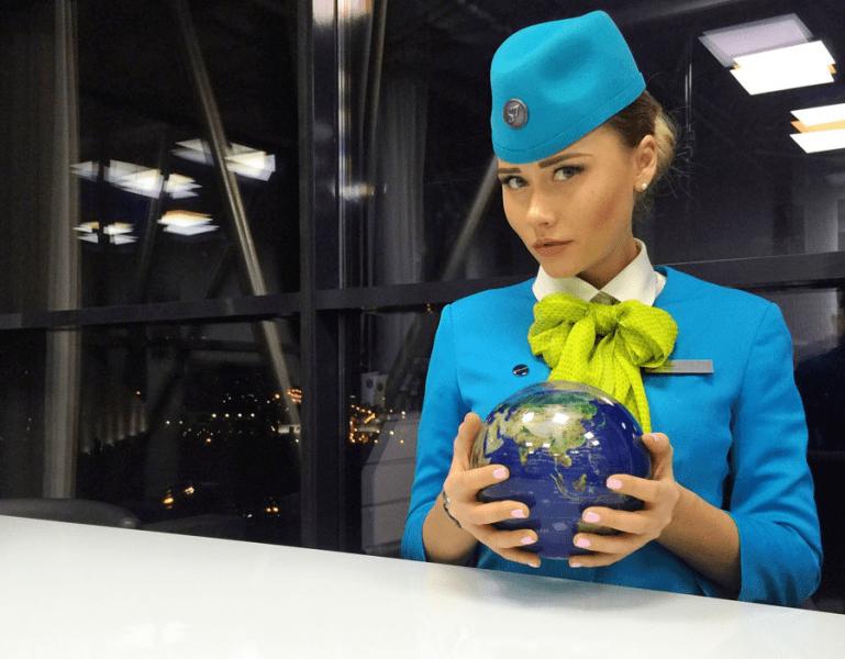 Мне бы в небо... 7 самых красивых девушек - стюардесс S7