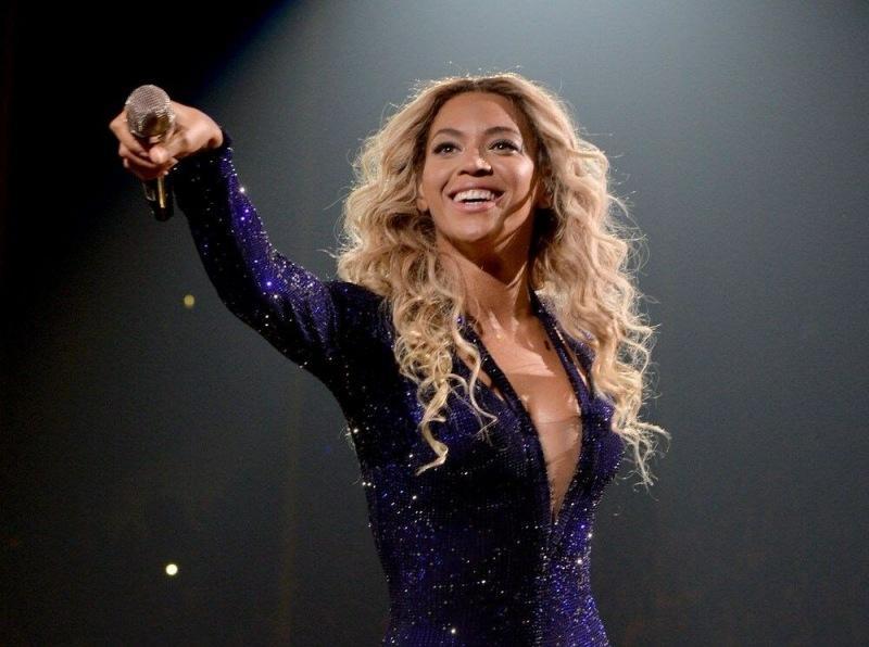 Знаменитости, набравшие наибольшее количество подписчиков в Instagram