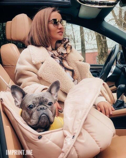 «Инстаголик»: Анфиса Чехова призналась, что любит следить за чужими жизнями в instagram