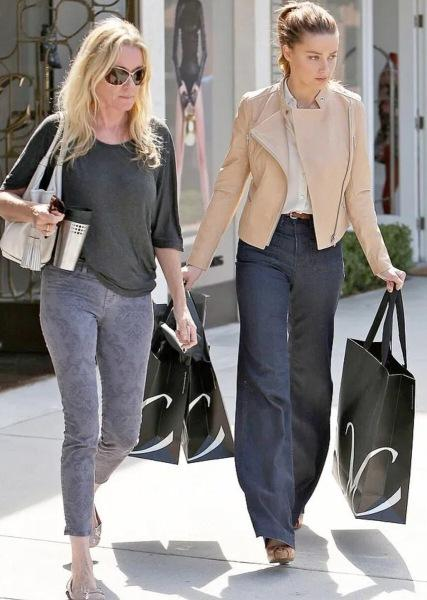 Наконец-то Эмбер Херд и Меган Маркл нашли общее- и это любовь к нарядам за бесплатно!