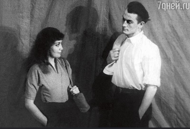 """""""Она бросила его и ушла к молодому"""": неравный брак Владимира Белокурова и известной актрисы, карьеру которой он загубил"""