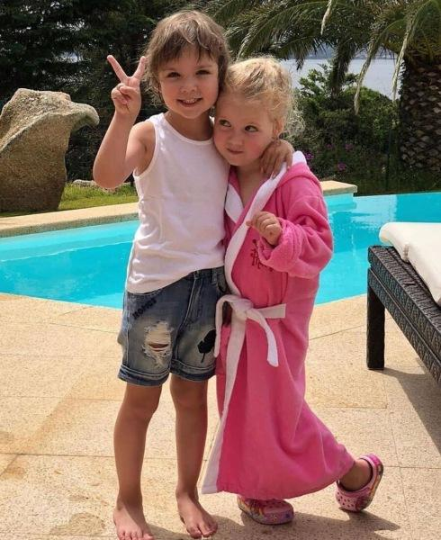 Почему фото 7-летней Лизы Галкиной вызвало переполох среди пользователей интернета