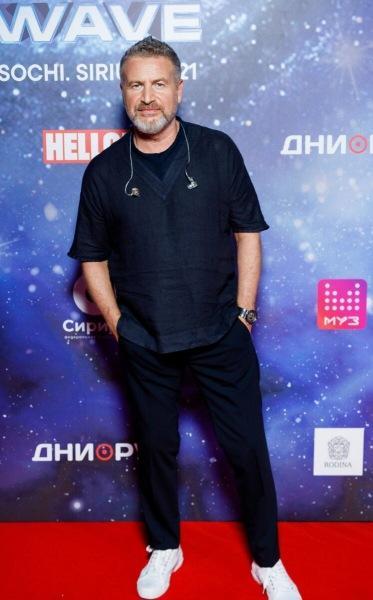 Четвертый день «Новой волны-2021»: Киркоров с Давой, звезды Comedy Club с женами, Агутин наедине