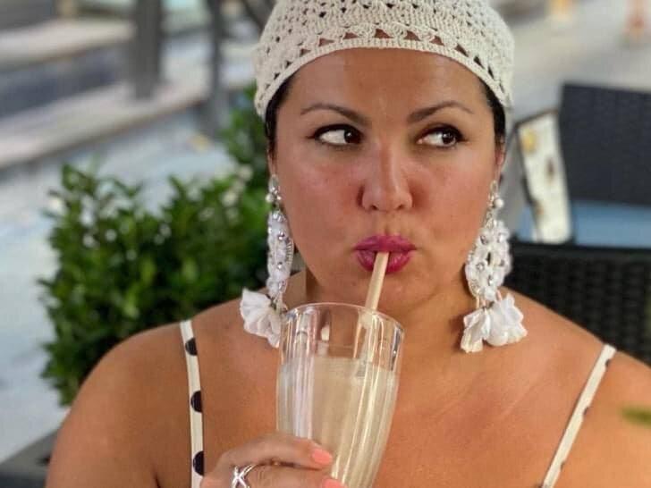Летнее соте, гаспачо, необычный омлет: пять простых блюд по рецептам Анны Нетребко
