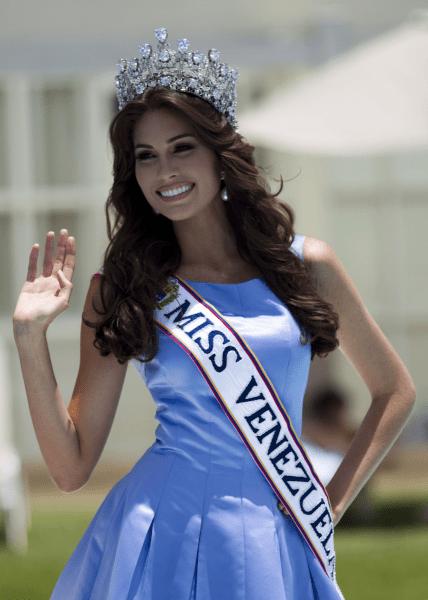 """Подборка: """"Самых красивых"""" девушек из Венесуэлы"""