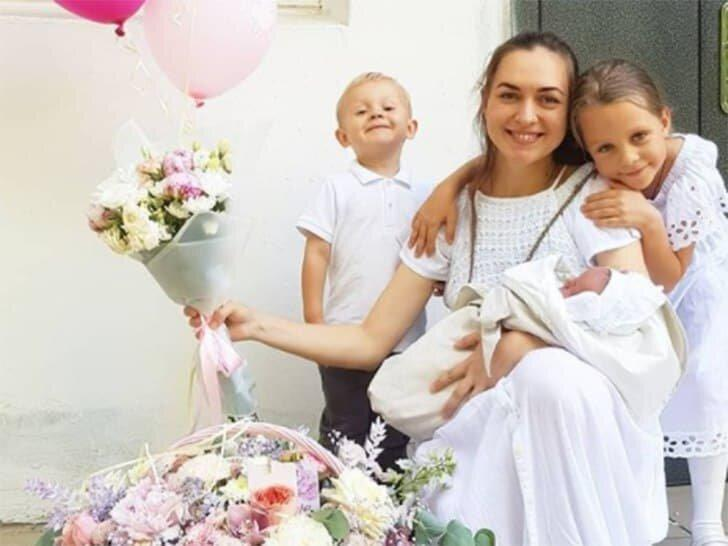 Как выглядят мамы-одиночки, у которых много детей в «Доме-2», и как они зарабатывают на жизнь