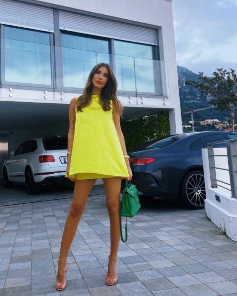 «Мечтательное сочетание»: Орбакайте, Маликова и другие звезды носят модные платья в стиле бэби-долл