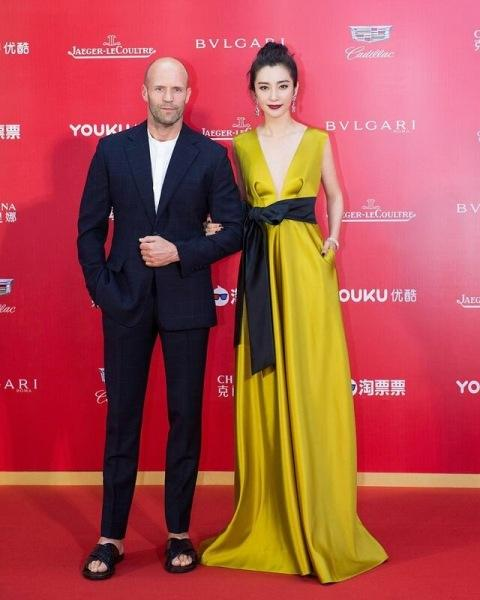 Подборка «самых красивых» китаянок с красивой фигурой