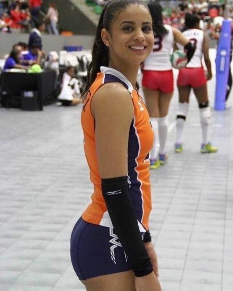 Подборка «самых красивых» спортсменок с хорошей фигурой