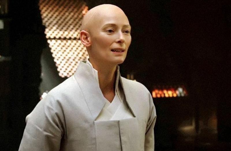 Удивительные перевоплощения Тильды Суинтон: 10 знаковых героинь актрисы